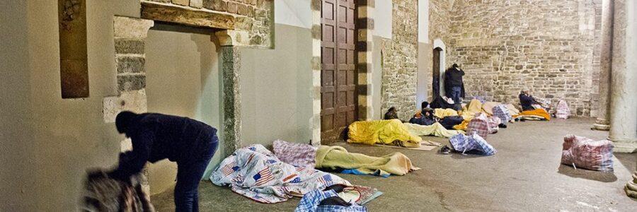 Le risposte del sindaco sui senzatetto e sul dormitorio
